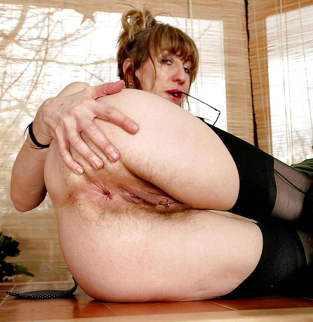 wifes for glory holes